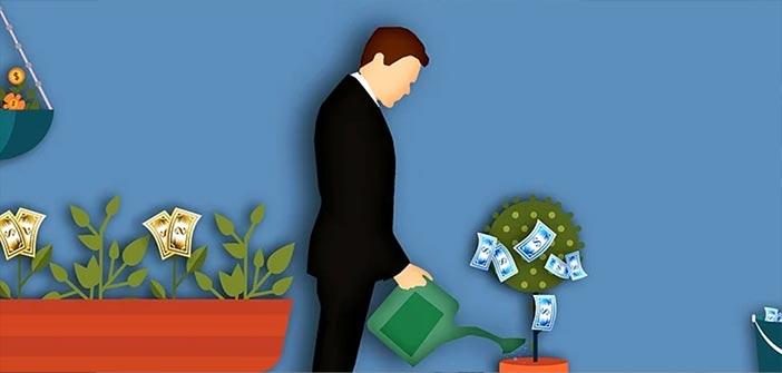 infografia hombre pensando invertir dinero